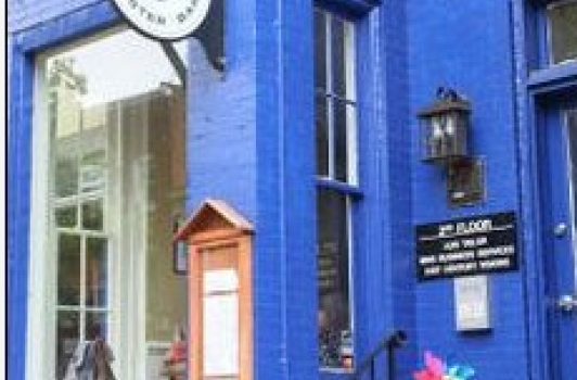 Hank's Oyster Bar - Old Town Alexandria VA