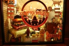 Metro Mutts - Barracks Row DC