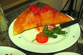 Calzone Vesuvio @ Pasta Plus