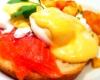 Cafe deluxe Salmon Eggs Benedict